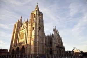 Fachada de la catedral de León