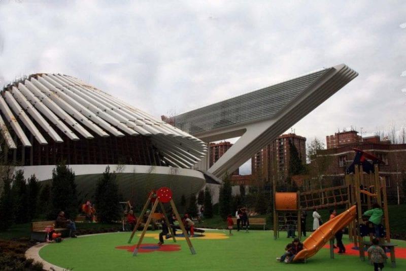 El Palacio de Exposiciones y Congresos Ciudad de Oviedo, obra de Calatrava