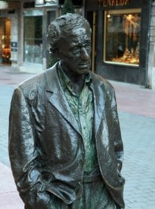 Escultura de Woody Allen en oviedo