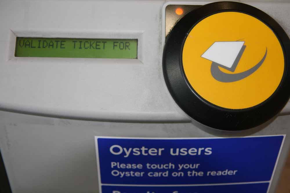 Hay lectores de Oyster en todos los transportes públicos