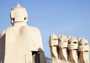 Las chimeneas de a azotea de la Pedrera tienen formas curiosas