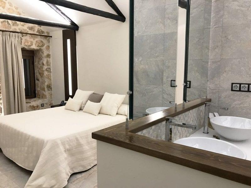 Colores cálidos, tejidos de calidad, luz... claves para el confort en una hotel