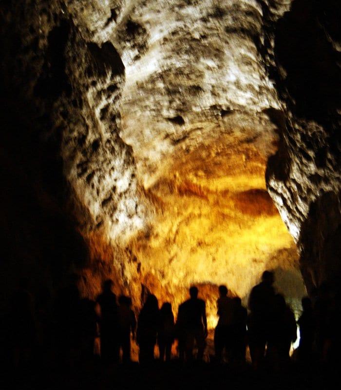 La cueva de los Verdes esconde un gran secreto