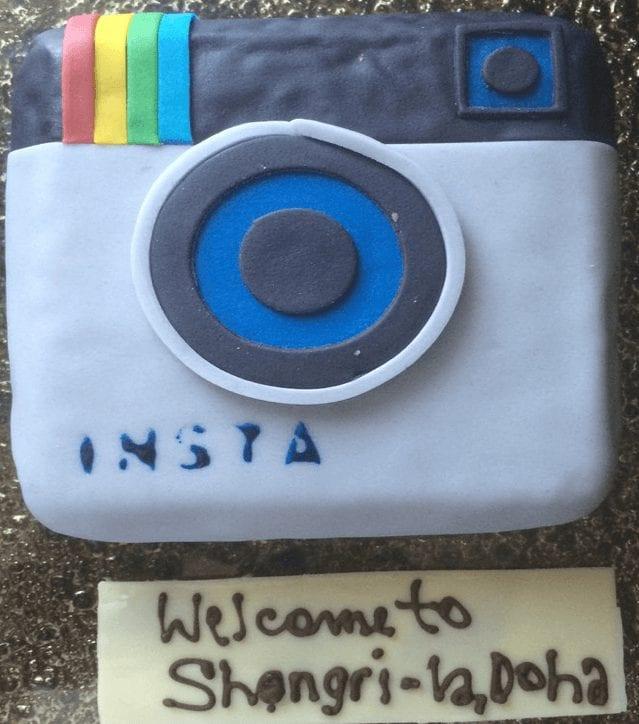 Tarta con la forma del logo de Instagram