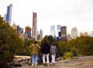 Desde Central Park hay hermosas vistas de las torres de Manhattan