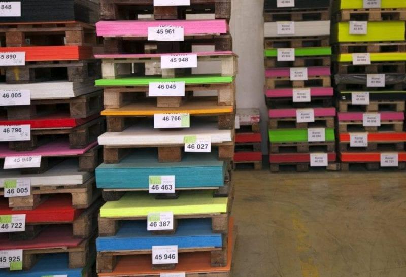 El almacén de materiales es de lo más colorido