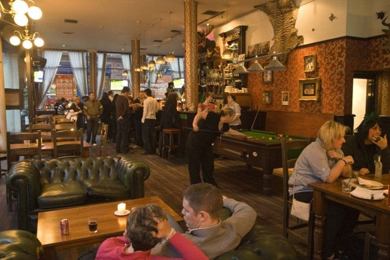 Clásico pub escocés