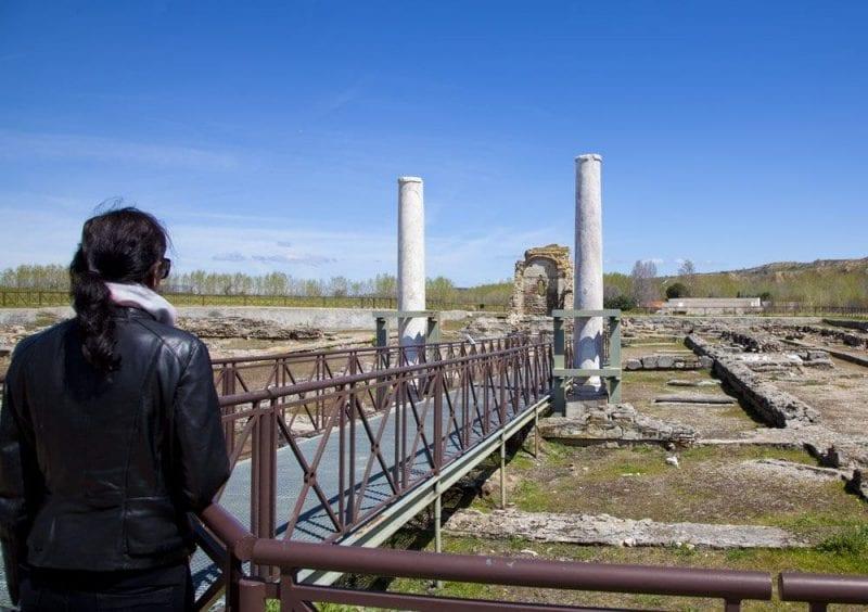 Otras construcciones palaciegas en el parque arqueológico
