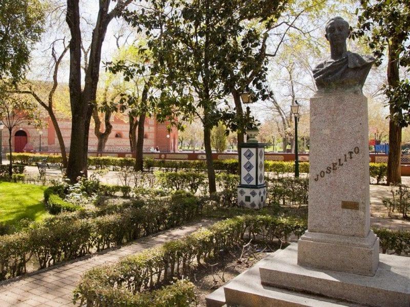 Escultura homenaje a Joselito
