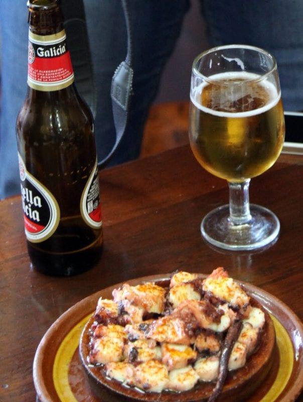 Pulpa Feira con una estrella de Galicia, la tapa perfecta en Galicia