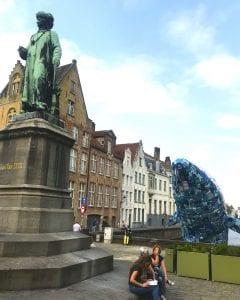 La ballena y Van Eyck, nuevos amigos