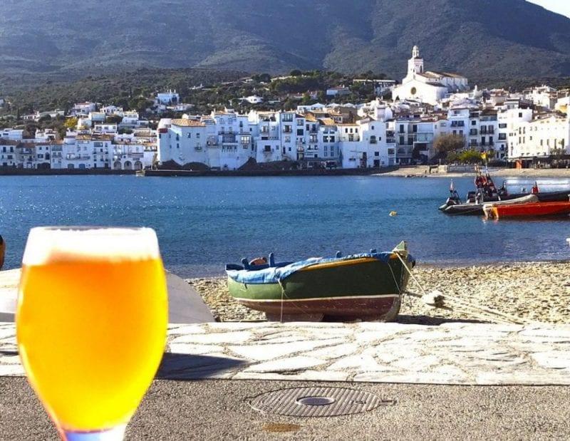Una cerveza con vistas en Cadaqués