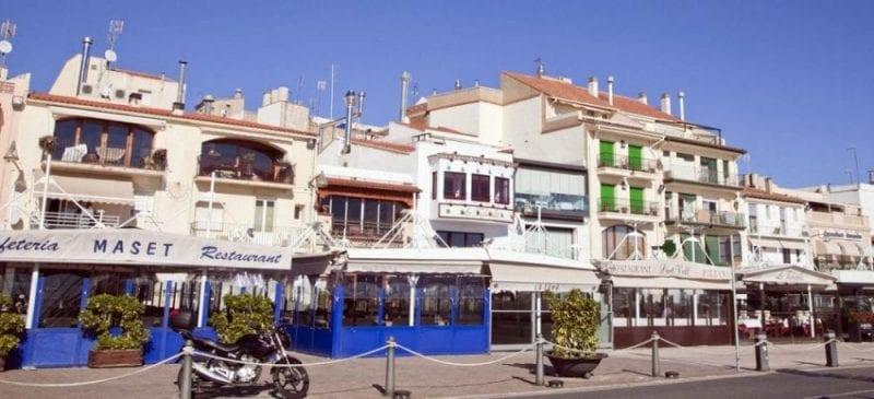 En el centro de Cambrils hay muchos restaurantes