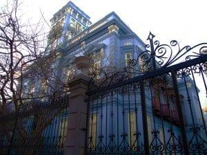 El palacio Rodrígues Quegles está en Pérez Galdós, 4