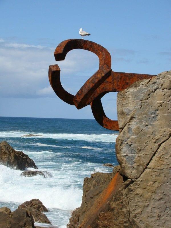 "El ""peine al Viento"" de Chillida, icono de San Sebastián"