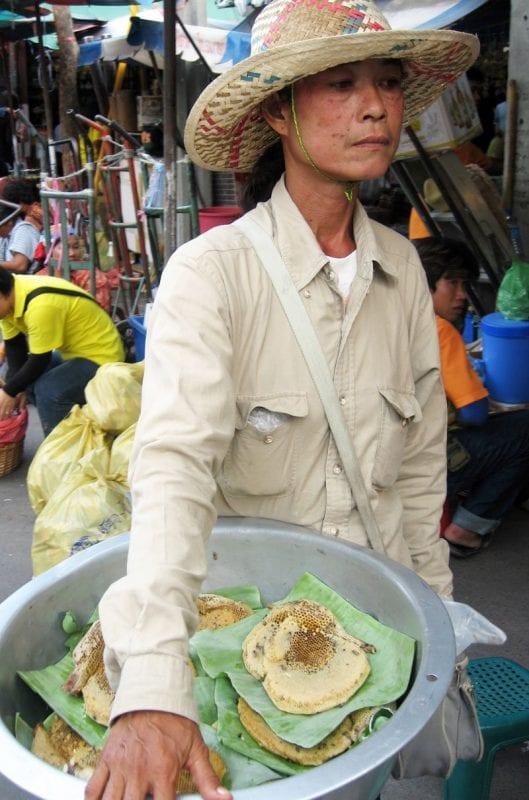 En Bangkok hay mucha oferta de comida callejera
