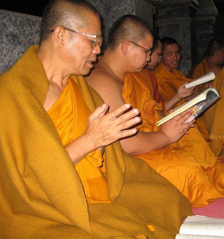 Hay monjes de todas las edades