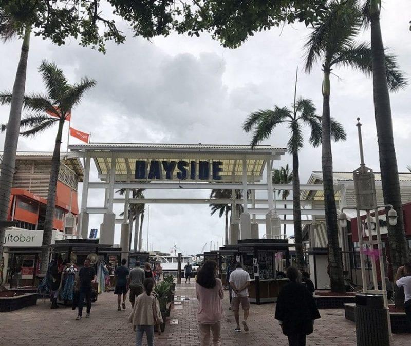Entrada a Bayside Miami