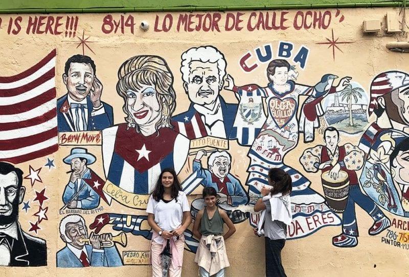 Grafiti dedicado a famosos cubanos en Little Havana
