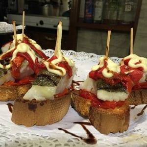 Comer de pintxos en San Sebastián es muy recomendable