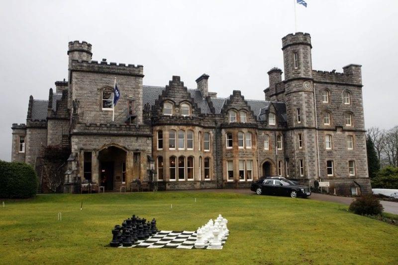 El hotel Inverlochy recuerda a un castillo