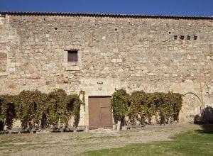 Exterior del palacio de Montefermoso en Abadía