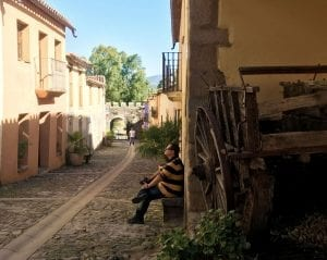 Detalle de una de las calles ya restauradas de Granadilla