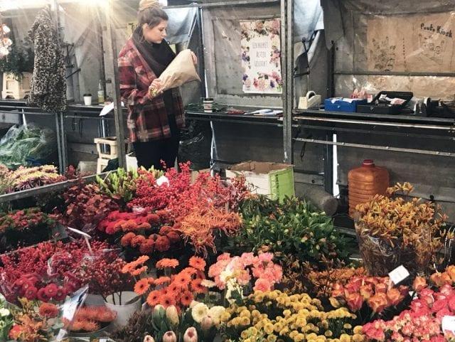 Puesto de flores en Brusselsestrat