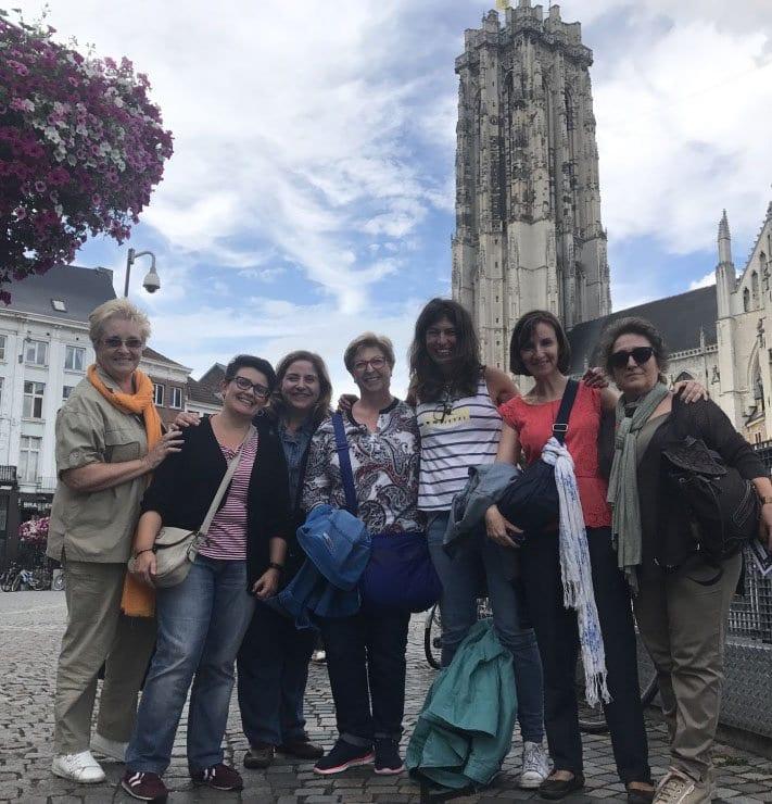 Grupo de viajeras con Nani Arenas en Malinas, Flandes