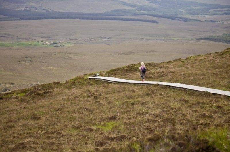 La senda para subir la Diamond Hill está muy bien señalizada