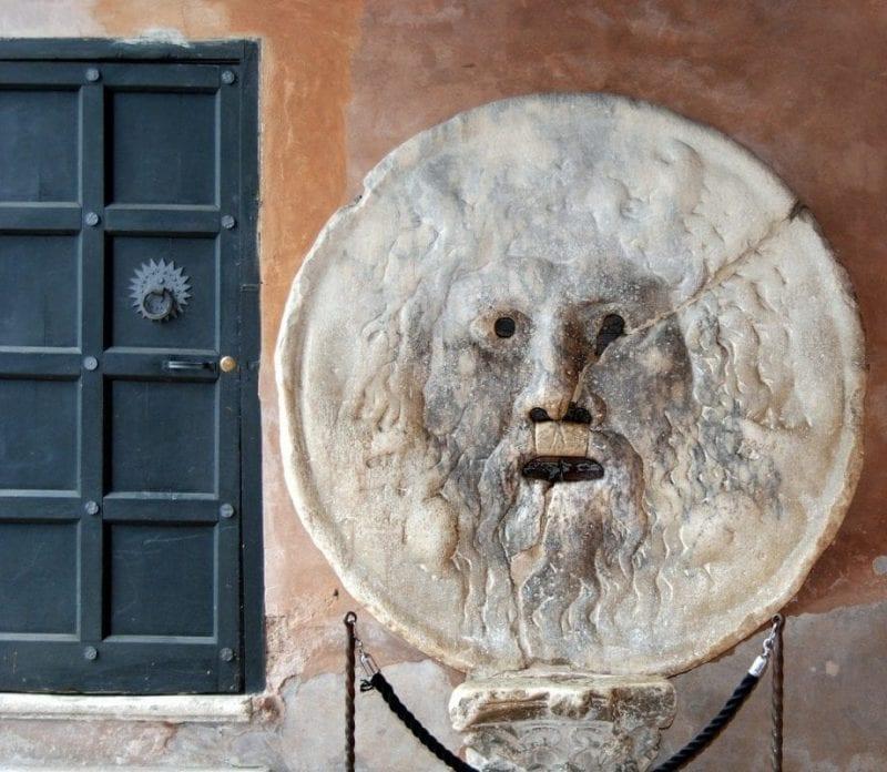 Boca de la verdad, fotografía segura en tu viaje a Roma