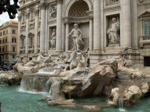 El agua que emana de la fuente viene de un manantial de más de 2000 años