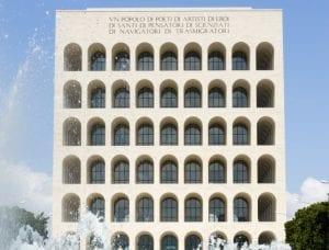 """El Palazzo de a civilta es más conocido como """"el Coliseo cuadrado"""""""