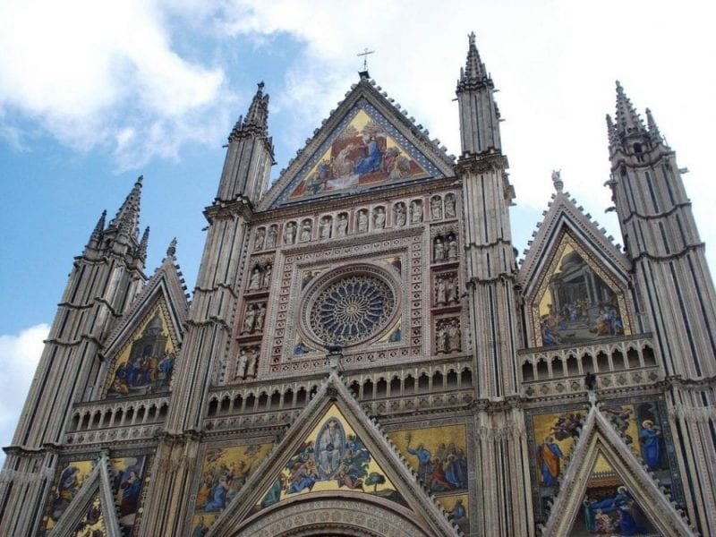 Fachada de la catedral de Orvieto