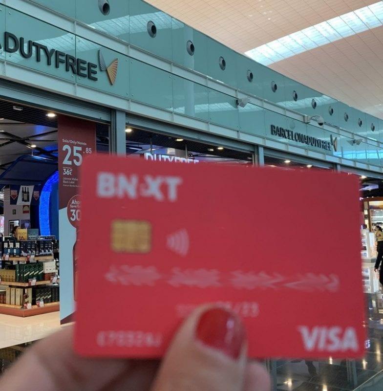Con la tarjeta Bnext puedes comprar sin comisiones en todo el mundo