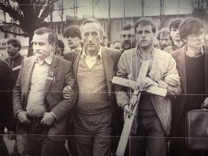 El padre de Lech Walesa (izquierda) murió en un campo de concentración nazi