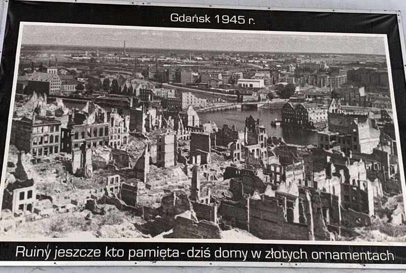 Imagen de Gdansk tras los bombardeos de 1945