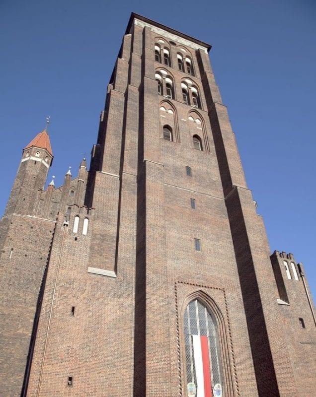 La torre de la iglesia de Santa Maria es una de las más altas de la ciudad