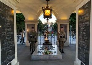 La tumba del soldado desconocido es un homenaje a los caídos en la lucha por la libertad de Polonia