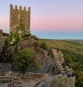El castillo de Sortelha está construido sobre rocas