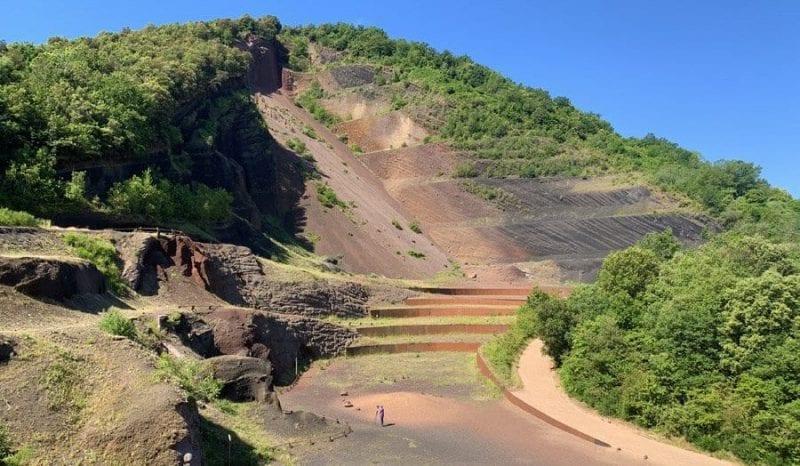El parque Natural de los volcanes de la Garrotxa esconde mas de 40 conos volcánicos