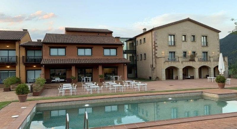 Detalle de la piscina del hotel Vall del Bas