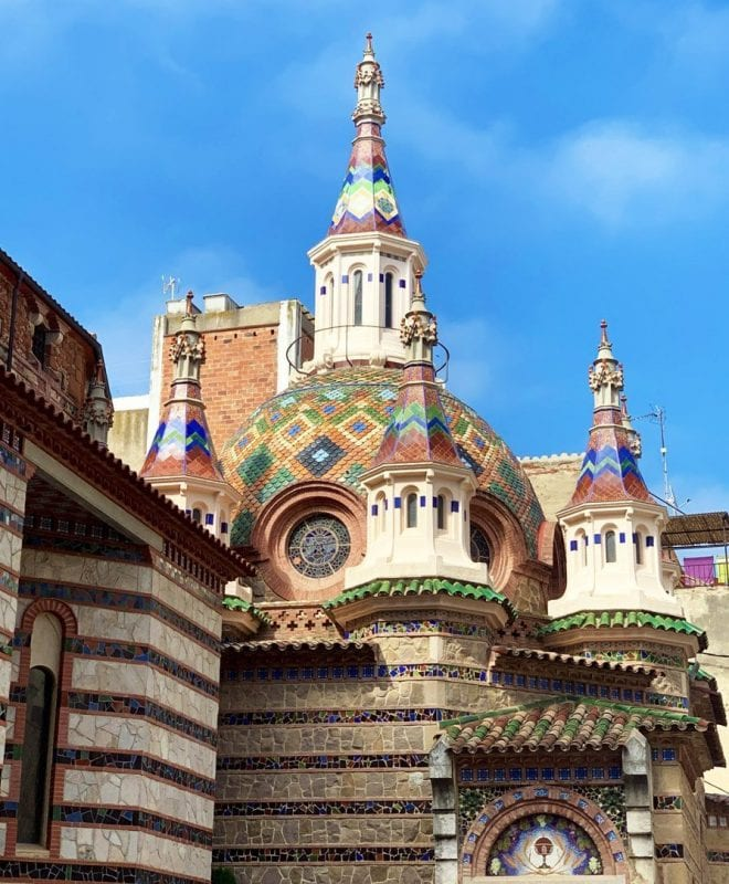 La reforma modernista de la iglesia de Lloret es de 1919