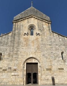 Fachada de la iglesia de San Pedro
