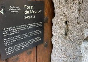 En Besalú quedan casas con mezuzá