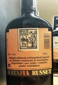 La ratafría es un licor típico de la Garrocha