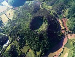 Vista aérea del crater de Santa Margarita