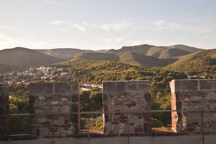 Panorámica de El Garraf desde el castillo de Casteldefells