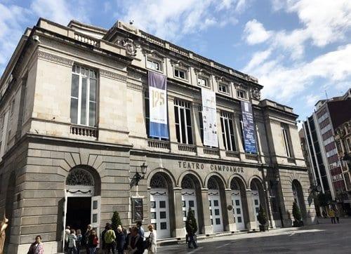 El teatro Campoamor es ya un viejo centenario