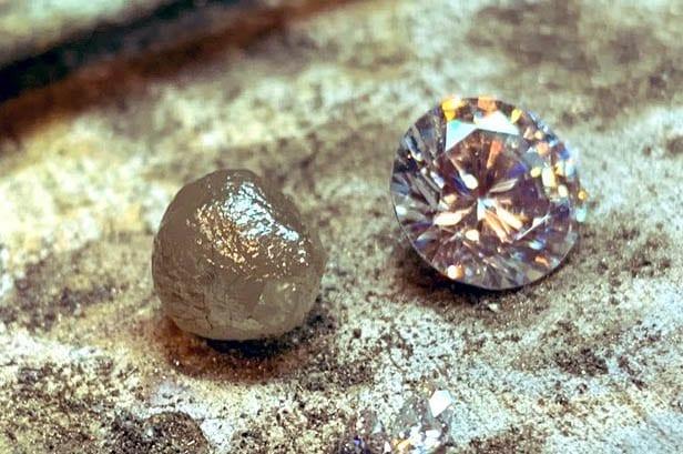 Diferencia entre un diamante bruto y uno tallado
